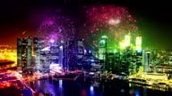Feuerwerk über der Stadt Singapur