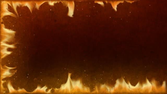 Flammenrotem Rand