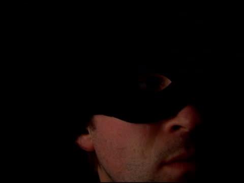 Flashlight Robber