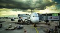 Flight Prep in Frankfurt Airport - Timelapse