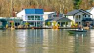 Schwimmende Homes