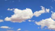 Flauschige Wolken: HQ 1080 P RGB-FARBRAUM 4:4: 4