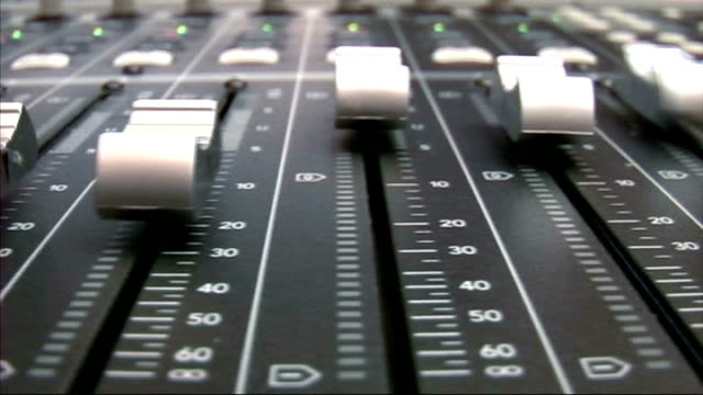 Flying faders