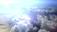 Fliegen durch die Wolken. HD