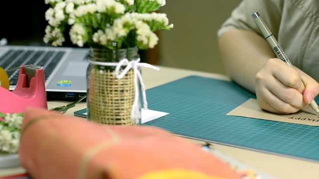 focus dolly : writing handmade paper for your's birthday