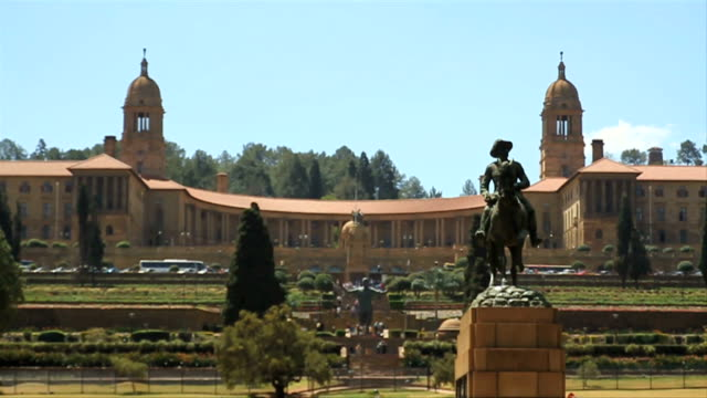 Focus Pull W/S Union Buildings/ Pretoria/ South Africa