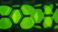 Schwerpunkt grüne Lichter auf Netzwerk-server