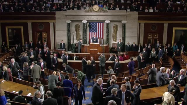 Following tradition House Speaker John Boehner formally brings Congress to order for State of the Union address