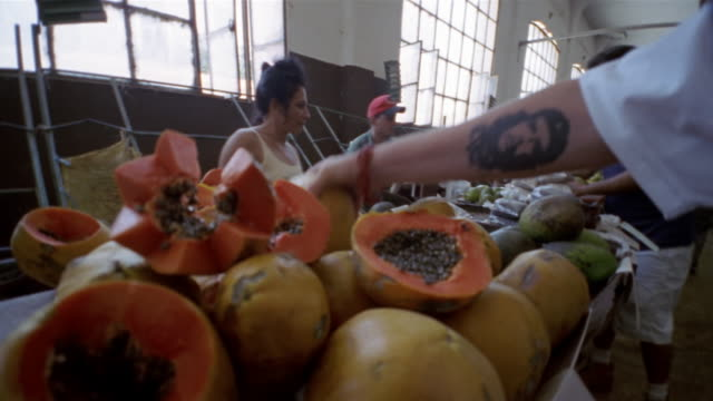 T/L, CU, Food market,  Havana, Cuba