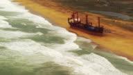 France, Bretagne: Bremen cargo boat run aground