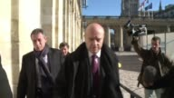 Frances UMP party co founder Alain Juppe offered Thursday to head a panel that would look into a hotly contested vote for the partys leadership CLEAN...