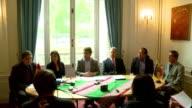 Francia otorgo y luego retiro el martes la autorizacion de sobrevolar su espacio aereo para el avion del presidente boliviano Evo Morales VOICED...