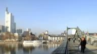 Frankfurt Eiserner Steg Skyline Germany