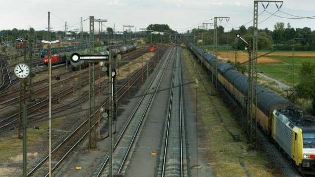 HA Freight Train Passing Goods Station