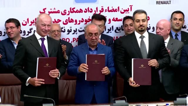 French automaker Renault signed on Monday a long awaited joint venture deal with Iran worth 660 million euros to build up to 300000 cars per year
