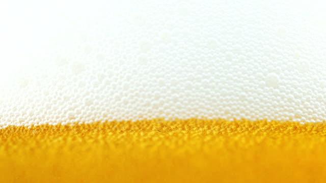 Frisches Bier. Schließen Sie herauf Ansicht.