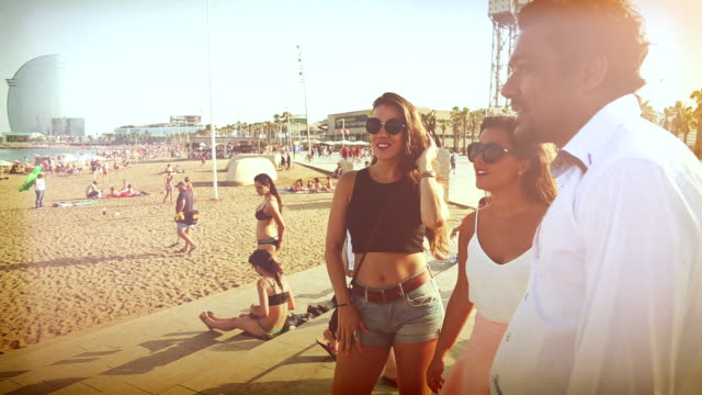 barceloneta single men Barcelona: tips for solo female travelers related while a whole group of men looked can't leave your belongings unattended at la barceloneta beach.