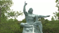 Frontal view of the Peace Statue Zoom in