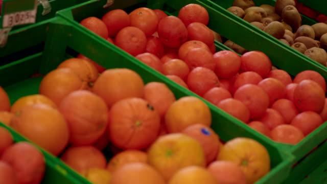 Frukter i mataffär