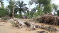 Fuertes lluvias ocasionaron inundaciones al sur de Tailandia dejando a los residentes entre casas destrozadas y caminos inundados en el octavo dia de...