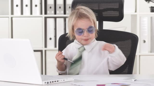 HD: Funny Little Yuppie Boy In Office