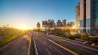Futuristische grüne Stadt timelapse