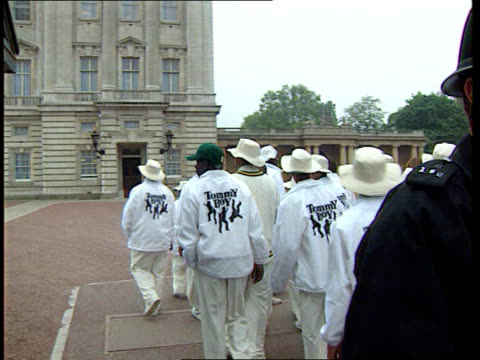 US Gangs members play cricket at Lords ITN Buckingham Palace Gang members along at Palace to have tea with Prince Edward Lords Members of team...