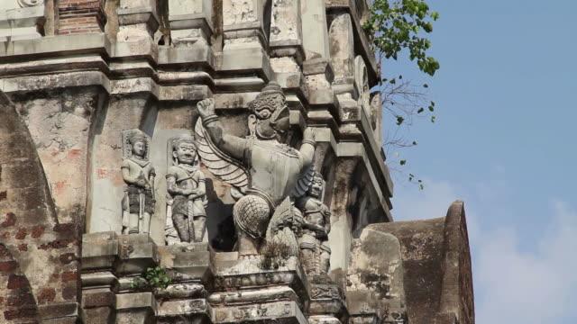 Garuda statue on pagoda.