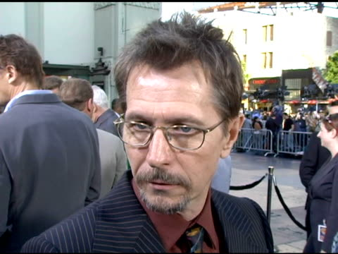 Gary Oldman on what he likes about the film on the refreshing storyline and on his summer plans at the Batman Begins Premiere at Grauman's Chinese...