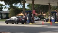 Gas prices in Fort Myers Florida drop below the national average of $2 per gallon