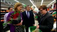 Gordon Brown visits Asda supermarket Gordon Brown and Sarah Brown meeting Asda shoppers