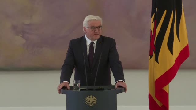 German President Frank Walter Steinmeier urged on Monday political parties to reconsider their positions and find compromises to form a government...