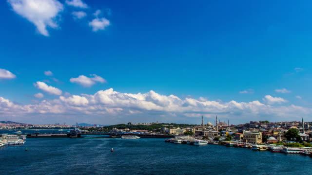 golden horn in istanbul - timelapse