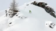 Gute erfahrene Skifahrer