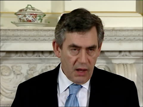 Gordon Brown and UN Secretary General Ban KiMoon press conference and photocall ENGLAND London Downing Street INT **some flash photography** Prime...