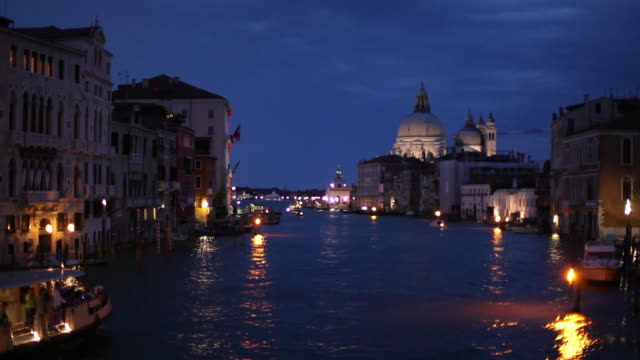 WS Grand Canal at night / Venice, Italy
