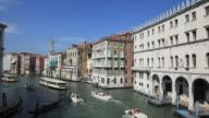 Grand Canal Gondeln und Taxi-Boot, Venedig, Italien