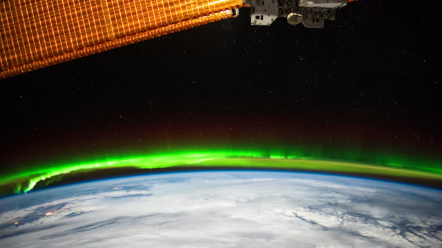 Green Aurora From ISS - Timelapse