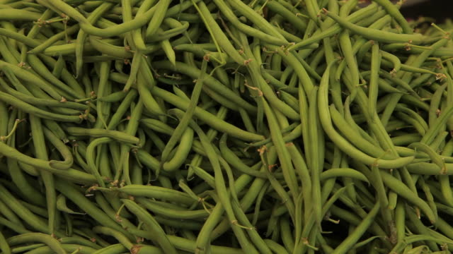 CU LD Green Beans for Sale in Market / Venice, Italy
