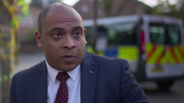 Police put final death toll at 71 Karim Mussilhy interview SOT Mussilhy sitting on bench with reporter Mussilhy interview SOT Grenfell Tower with...