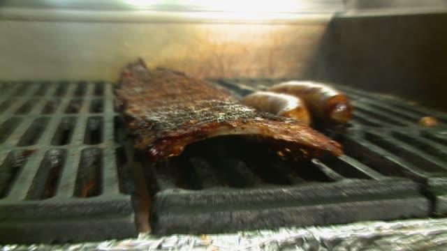 Grilling BBQ ribs