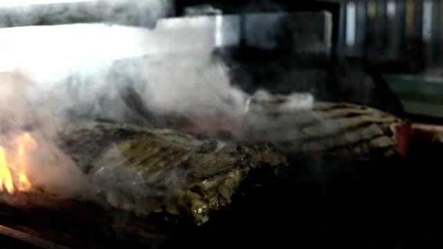 HD: Vlees grillen