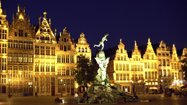 Grote Markt in Antwerp at sunset