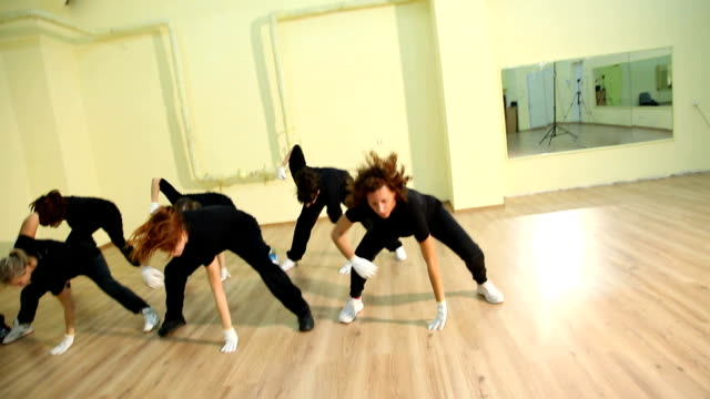 Group of hip hop dancers