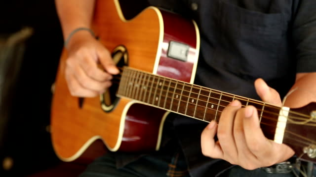 Guiter player