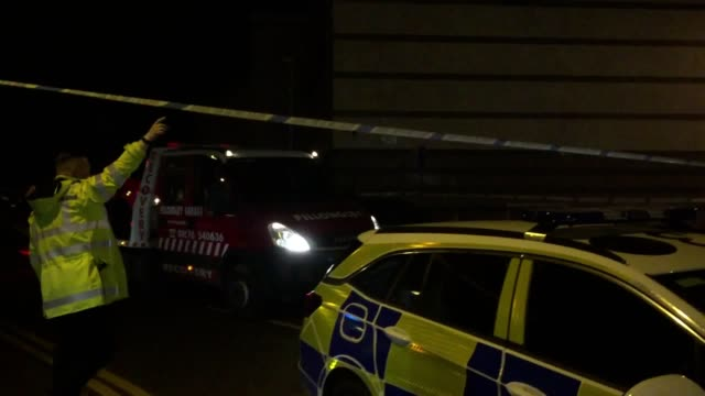 A gunman who held two members of staff hostage at a bowling alley in Warwickshire has been arrested Bermuda Park in Nuneaton was locked down when the...