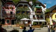 Hallstatt town square pullback