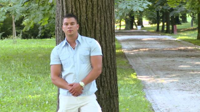 HD CRANE: Handsome Man
