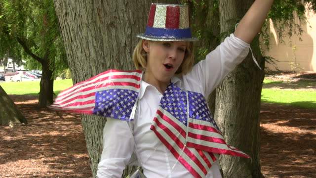 (HD1080i) Happy American / July 4th Party Girl