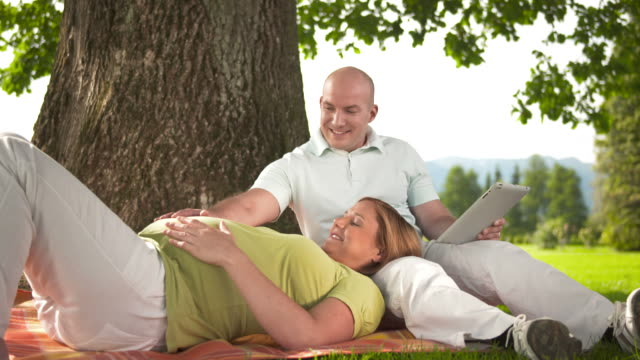 HD DOLLY: Happy Couple Expecting Baby